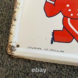 1956 VINTAGE ESSLINGER BEER'LITTLE MAN' SELF-FRAMED TIN LITHO SIGN-18x54-Rare