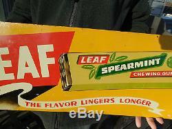 VINTAGE ORIGINAL 1940's LEAF SPEARMINT CHEWING GUM SIGN TIN LITHO NOT PORCELAIN
