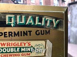 VINTAGE SWEET c. 1930 GRAPHIC TIN OVER CARDBOARD WRIGLEY'S DOUBLE MINT 5c SIGN