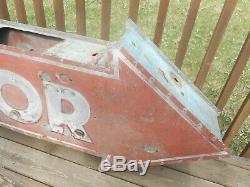 Vintage ORIGINAL DST Tin Ace Sign Co LIQUOR Neon ARROW Advertising Bar BEER SIGN