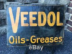 Vintage Original VEEDOL OILS GREASES TIN TACKER GAS STATION Advertising Sign