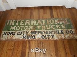 Vintage RARE Tin Tacker INTERNATIONAL HARVESTER MOTOR TRUCKS ADVERTISING SIGN